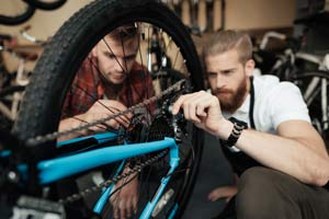 International Students Bicycle Mechanics Training